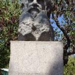 Памятник Льву Николаевичу Толстому. (Болгария)