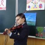 Охунбек Нуъманов - игра на скрипке