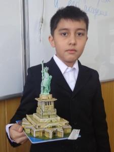 """Отабек Каланов (5 """"Д"""") Statue of Liberty, США, Нью Йорк"""