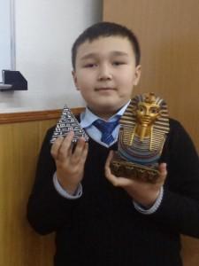 """Охунбек Нуъманов (5 """"Г"""") Пирамиды, Золотая маска Тутанхамона, Египет"""