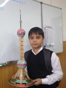 "Сардорбек Набижанов (5 ""Д"") Шанхай. The Orienta Pearl Tower l"