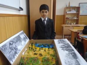 """Хасан  и Хусан Акбаровы (5 """"А"""") Панорама на тему Второй мировой войны"""