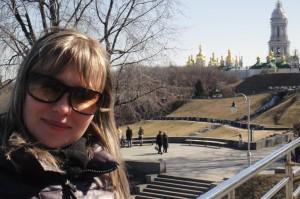 Вид на Киево-Печерскую Лавру. (справа - Большая Лаврская колокольня)