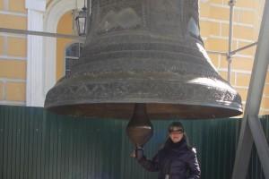 Один из уцелевших древних колоколов. Большинство из них были переплавлены в советское время