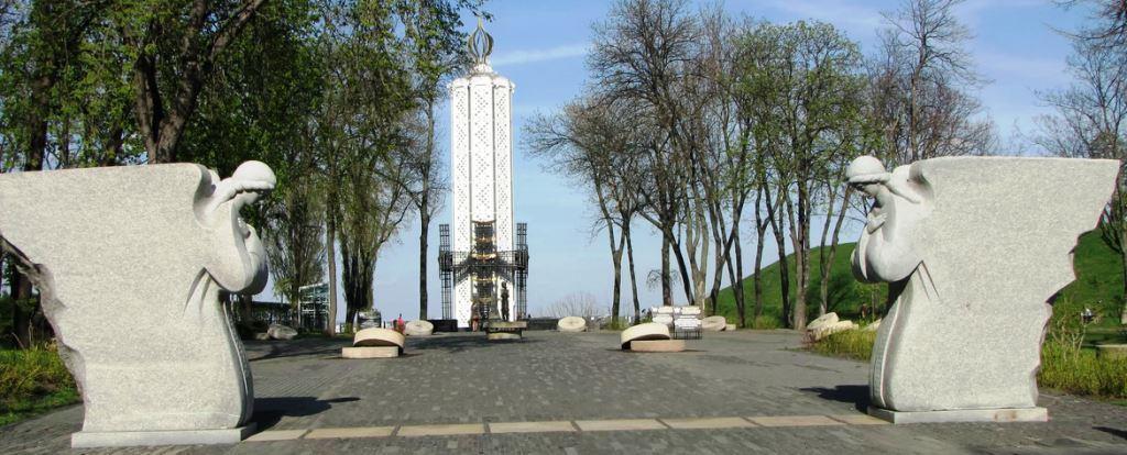 Панорама Мемориала жертв Голодоморов в Украине
