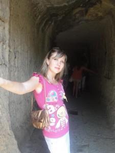 Длинный проход в пещеру